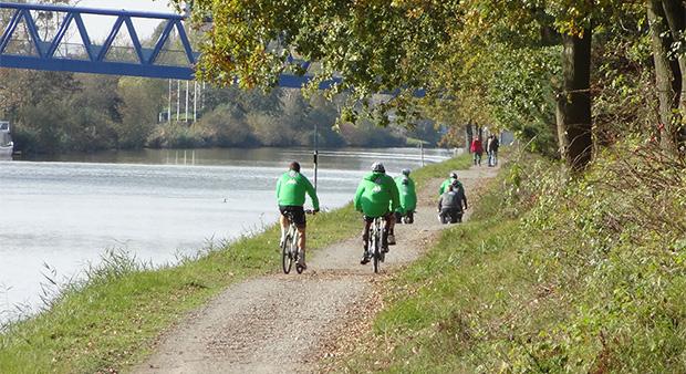 Fahrrad-Tour-Kanal