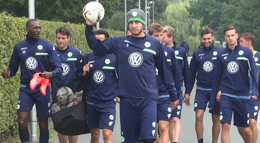 VfL-WOlfsburg-Team2