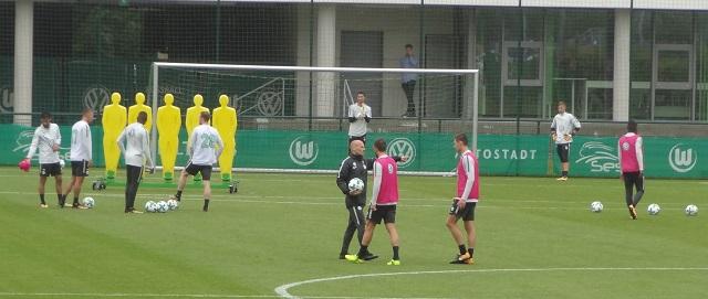 Freistoß-Übung-VfL Wolfsburg