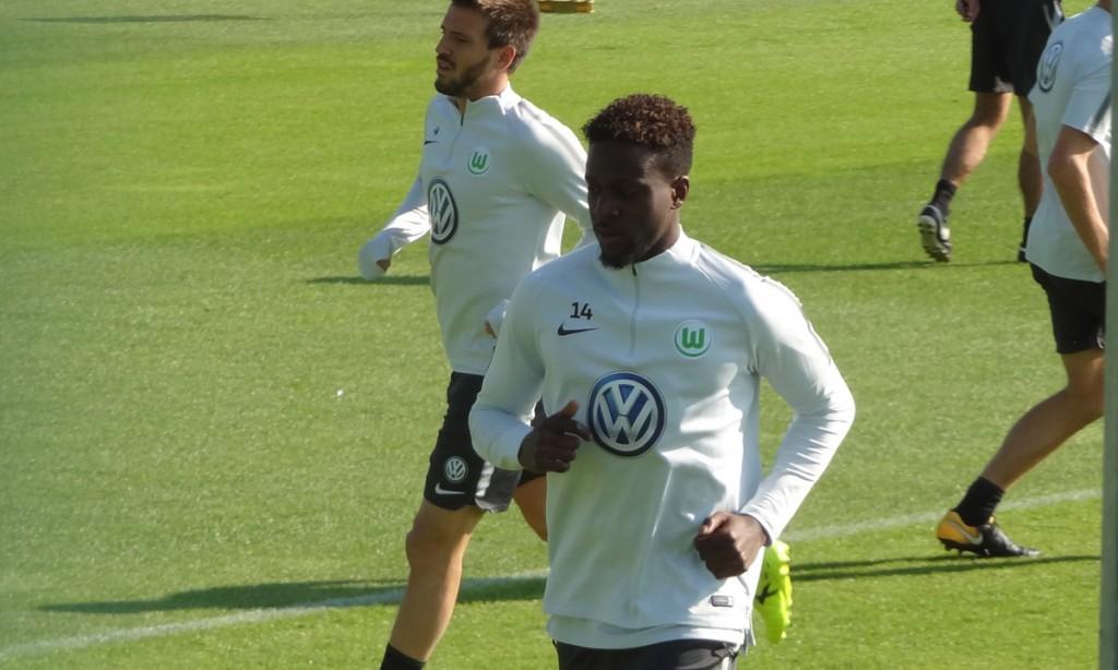 Origi-Camachi-VfL-Wolfsburg