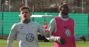Sebastian Jung Victor Osimhen VfL Wolfsburg