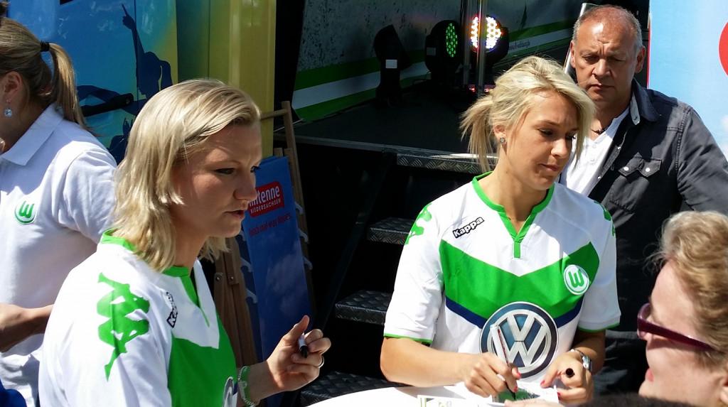 Frauen-VfL-Wolfsburg-Popp-Goessling
