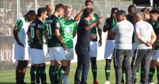 VfL-Wolfsburg-Team-Mannschaft-Labbadia