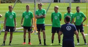 VfL-Wolfsburg-Team-Mannschaft