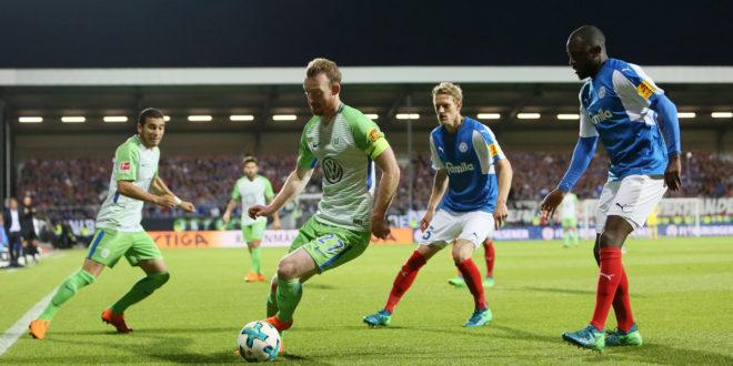 VfL Wolfsburg testet gegen Holstein Kiel. (Photo by Selim Sudheimer/Bongarts/Getty Images)